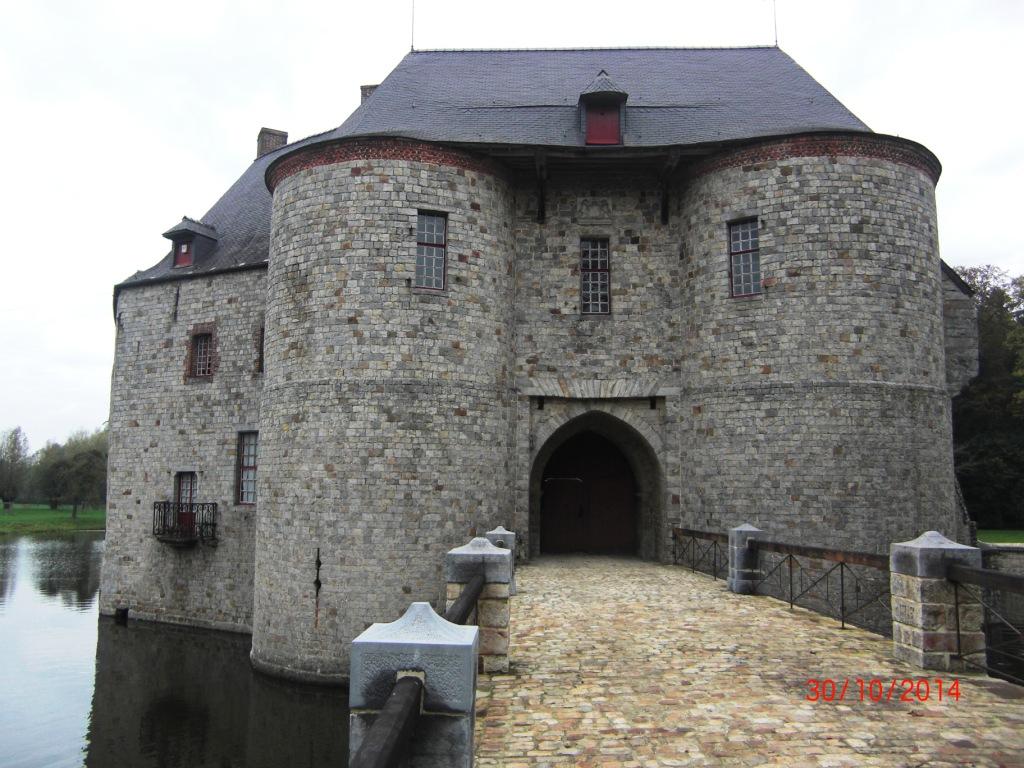 Châtelet d'entrée du château de Potelle